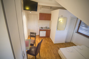 double room zagreb with kitchen
